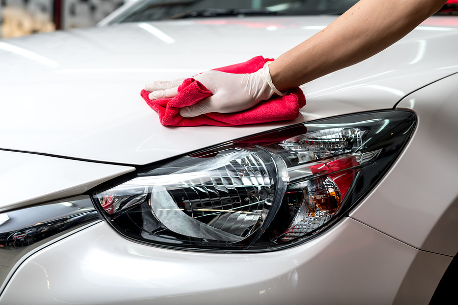 Auto detailing polishing a whip Little Rock, AR